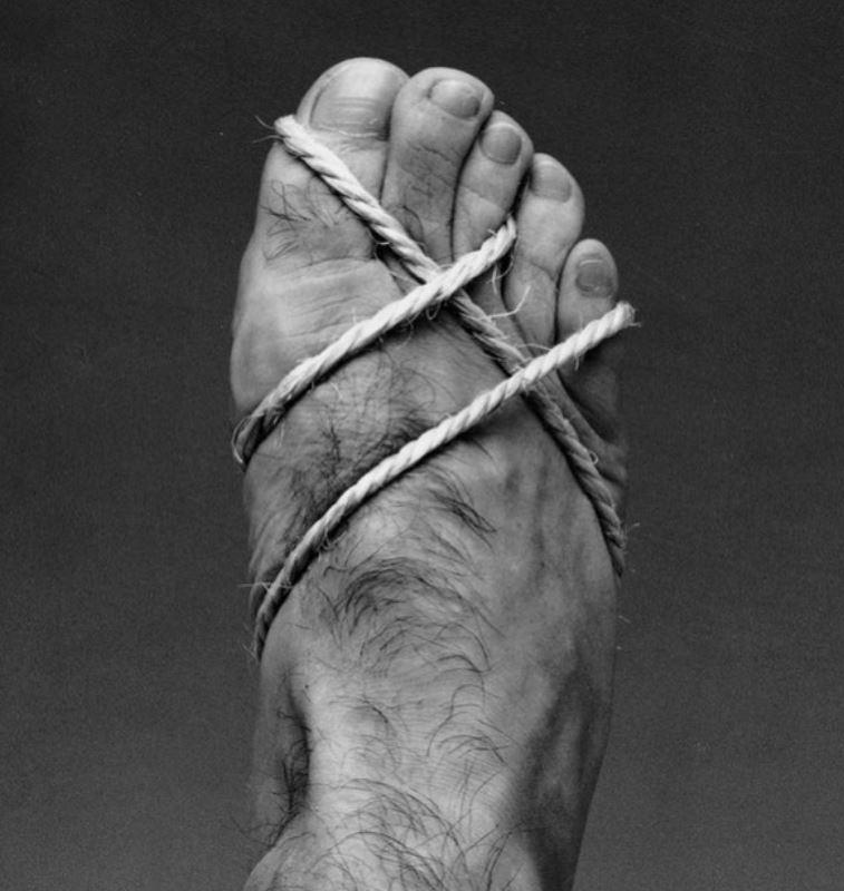 Como se ven tus pies atrapados en tus zapatos