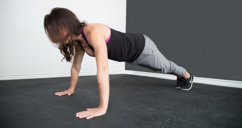 Tipos de flexiones de brazos para hacer en casa